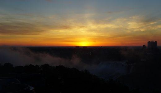 絶景!オークスホテルから眺めるナイアガラの滝。日の出に感動!【カナダ旅行記②】